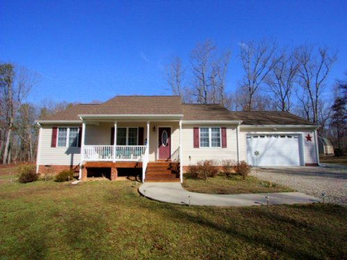 Ranch Style Home On 7.5 Acres : Cartersville : Cumberland County : Virginia