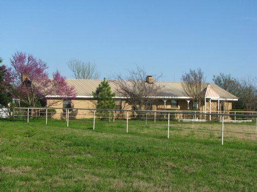 51+ Acre Livestock Ranch With Home : Blossom : Lamar County : Texas