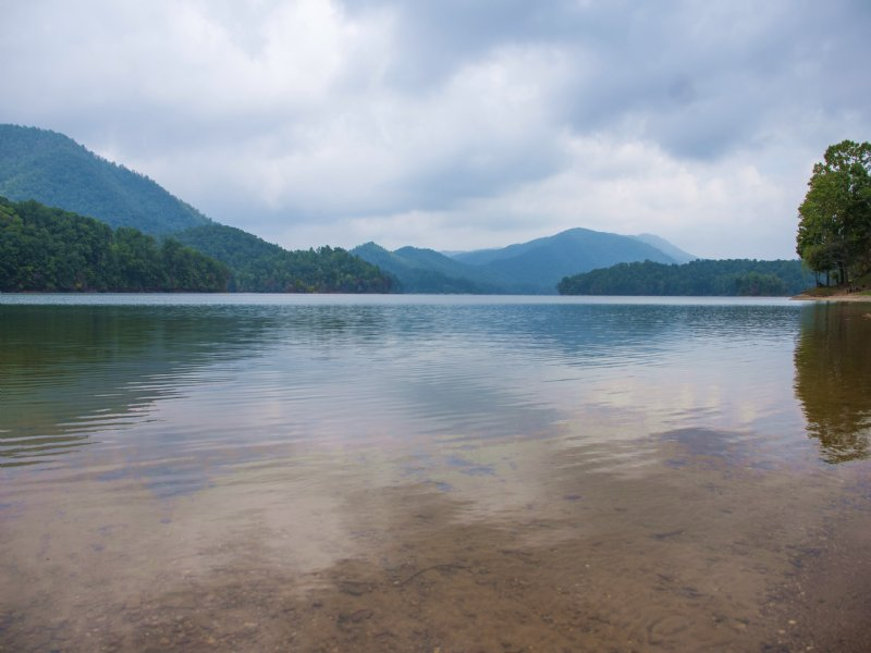 Breathtaking Lakefront Living : Valdese : Burke County : North Carolina