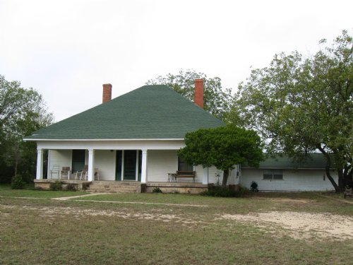 146.66 Acres With Large Ranch House : Dublin : Comanche County : Texas