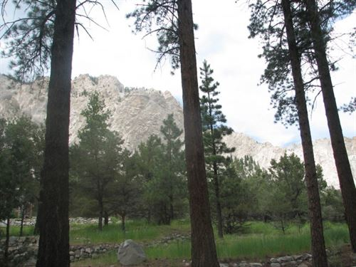 5890919 Views Of The Chalk Cliffs : Nathrop : Chaffee County : Colorado