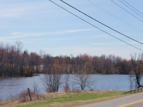 Waterfront Land Hudson Valley Area : Livingston : Columbia County : New York