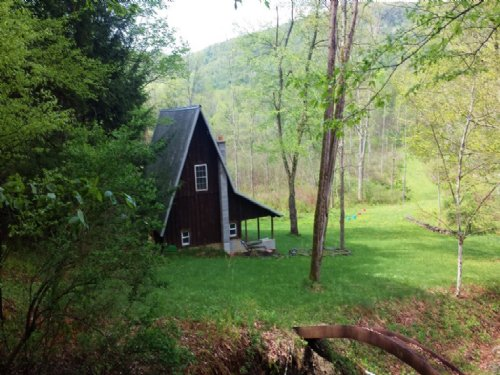 Cabin Bordering State Forest 49 Ac : Danby : Tompkins County : New York
