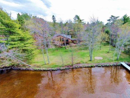 Shishebogama Lake Raised Ranch : Minocqua : Oneida County : Wisconsin