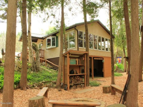 3 Acres On Pere Marquette River : Chase : Lake County : Michigan