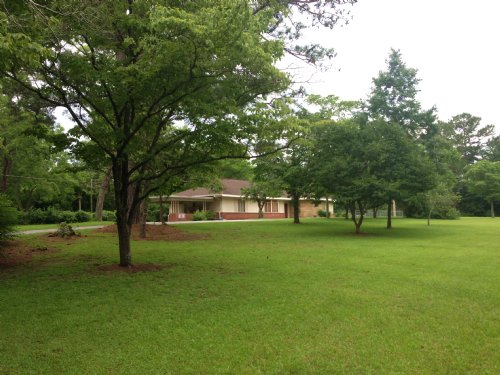 4br Home On 3.8 Ac In City Limits : Troy : Pike County : Alabama