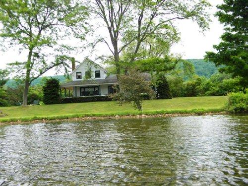 Waterfront Home Near Syracuse : Preble : Cortland County : New York