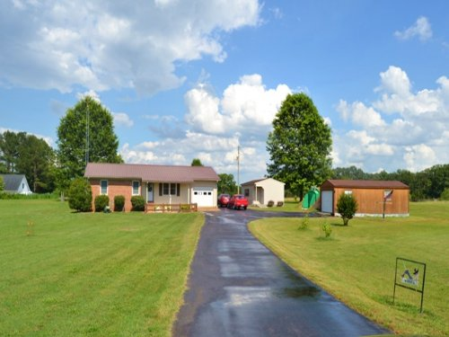 3 Bed/2 Bath Nice Home On 3 Acres : Paris : Henry County : Tennessee