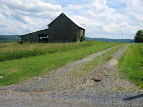 Farmland Restored Barn 23 Acres : Catharine : Schuyler County : New York
