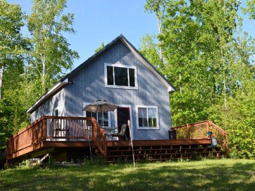 Upper Hot Brook Lake Cottage : Danforth : Washington County : Maine