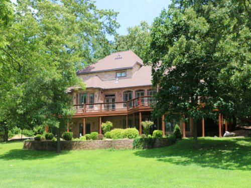 Pilot's Dream With Hangar On 4 Acre : Willow Springs : Howell County : Missouri