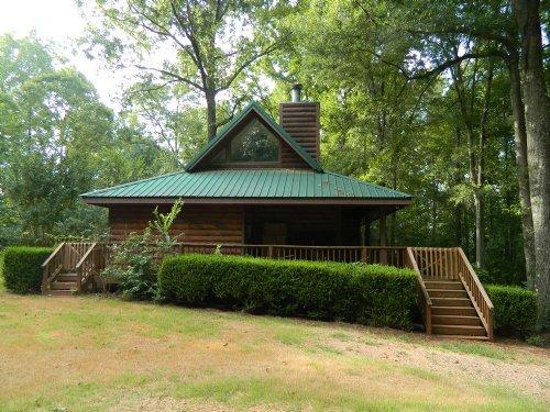 Nice Cabin On 7.46 Ac With Pasture : Lexington : Oglethorpe County : Georgia