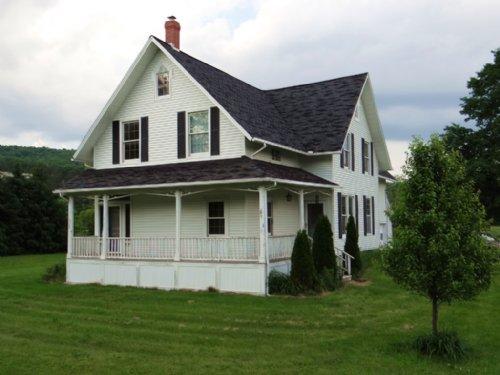 House Farmland Barn On 65 Acres : Berkshire : Tioga County : New York