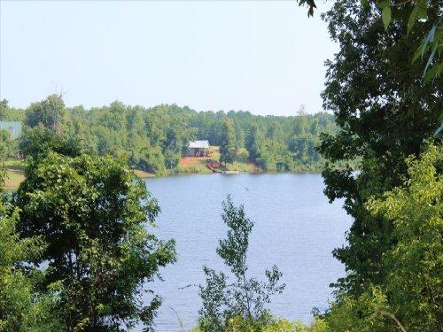 22 Acres On A 38 Acre Private Lake : Oglethorpe : Macon County : Georgia