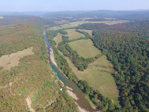 240a+/- Butterfield Trail Ranch : Natural Dam : Crawford County : Arkansas