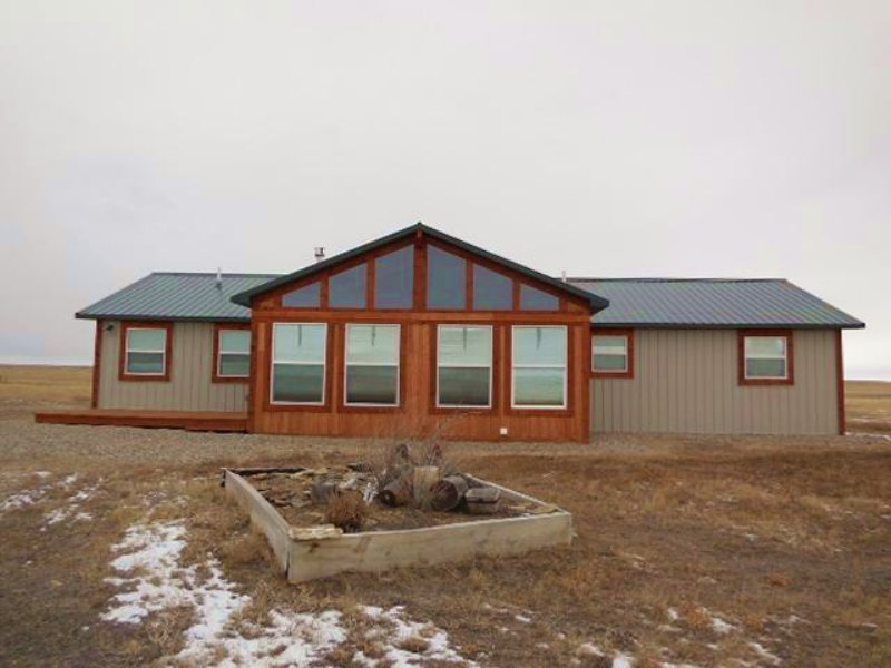 Live & Recreate In Basin Acres : Shawmut : Wheatland County : Montana