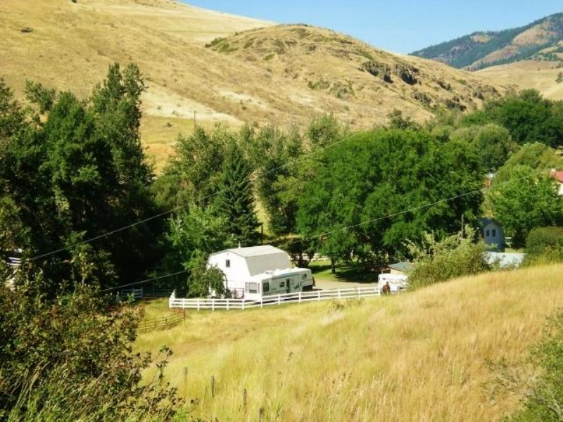 Western Montana Home, Shop, Creek, : Plains : Sanders County : Montana
