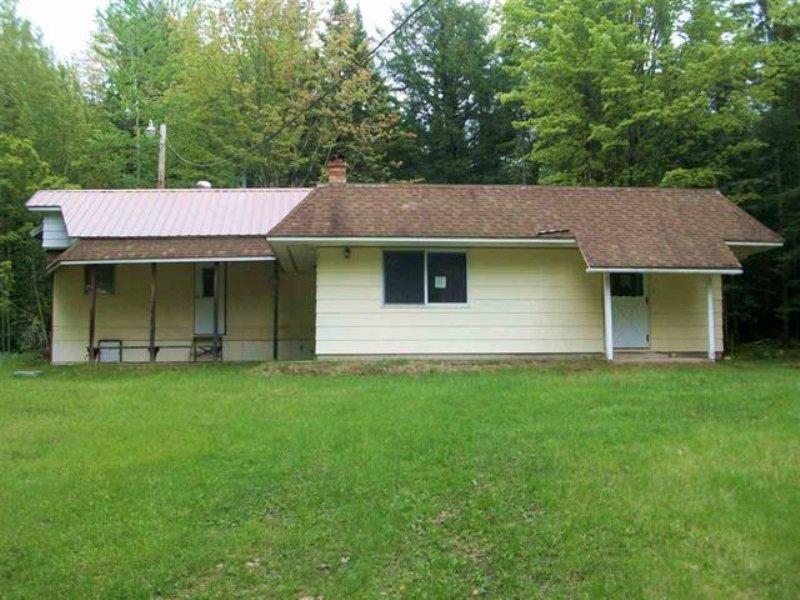 16375 Bayshore Rd, Mls 1090331 : Lanse : Baraga County : Michigan