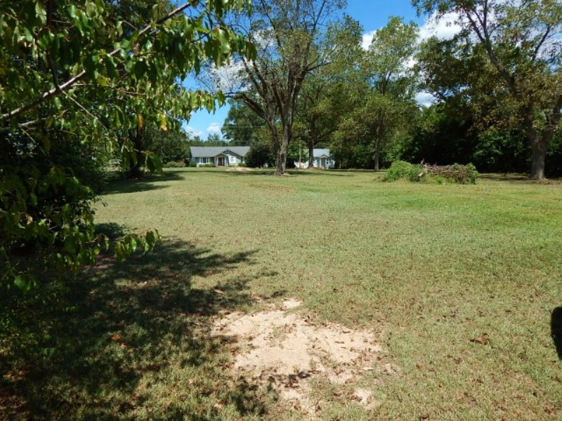 0.25 Acre Residential Land : Tylertown : Walthall County : Mississippi