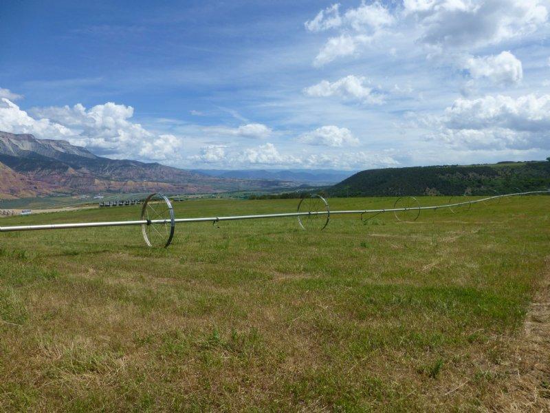 Horseman's Hunting Retreat : Battlement Mesa : Garfield County : Colorado
