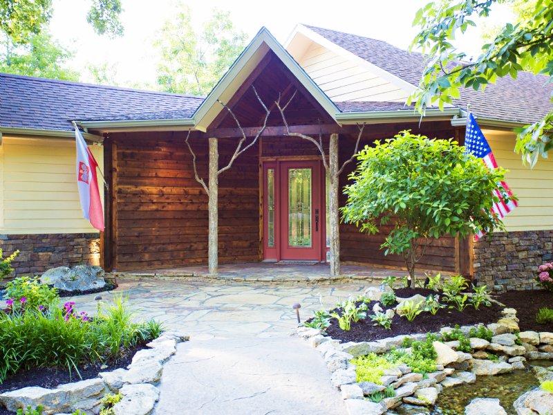 The Hickory House Estate - Price Re : Mound City : Linn County : Kansas