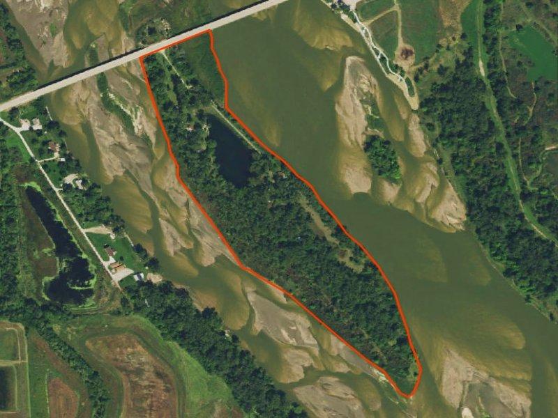 Saunders County Cabins & Lake : Leshara : Saunders County : Nebraska