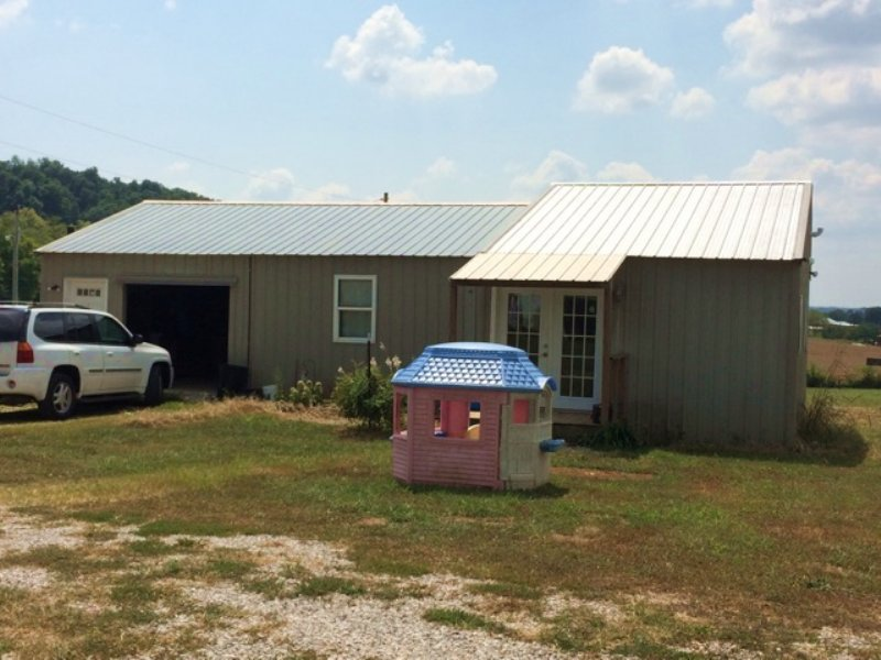 26.03 Acre Mini Farm : Cave City : Barren County : Kentucky