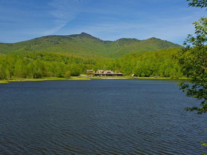 High Elevation Lakefront Properties : Blowing Rock : Watauga County : North Carolina