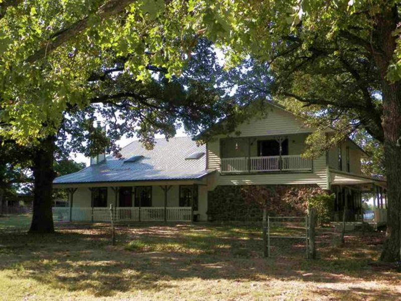 Home On 28+ Acres (#29455) : Pattonville : Lamar County : Texas