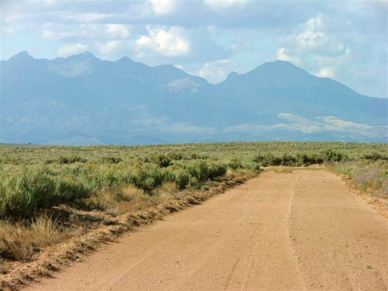 19.3 Acres : San Luis : Costilla County : Colorado