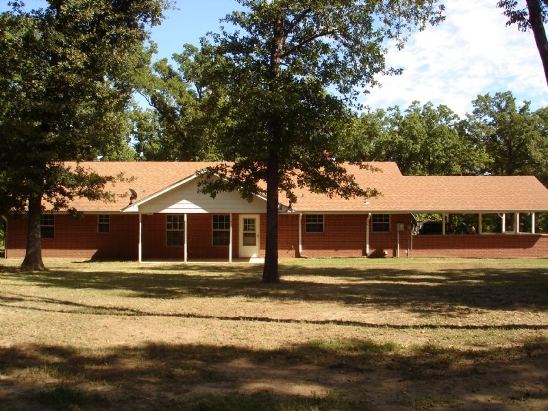 Home On 78 Secluded Wooded Acres : Honeygrove : Lamar County : Texas