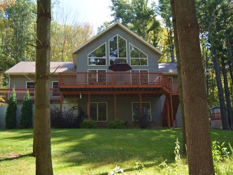 Spacious 4 Bedroom Home On 4 Acers : Loganville : Sauk County : Wisconsin