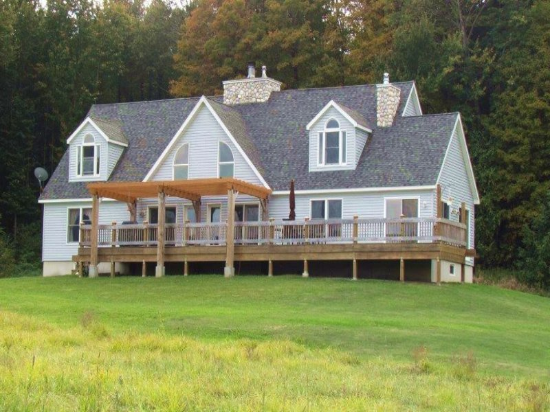 Custom Home Barn 81 Acres Private : Lisle : Broome County : New York