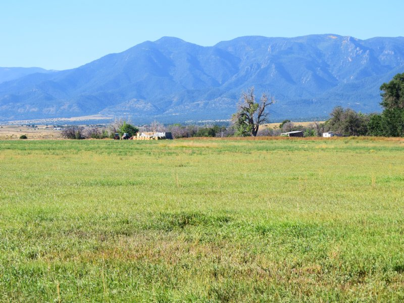 414 Ac Ranch With Water Rights : Florence : Fremont County : Colorado