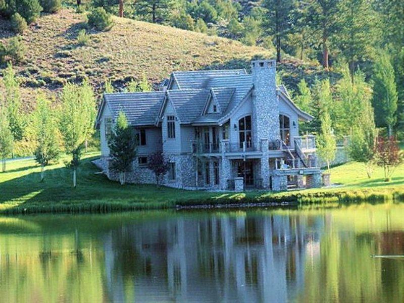 553.45 Acres Horse Farm Land : Salida : Chaffee County : Colorado