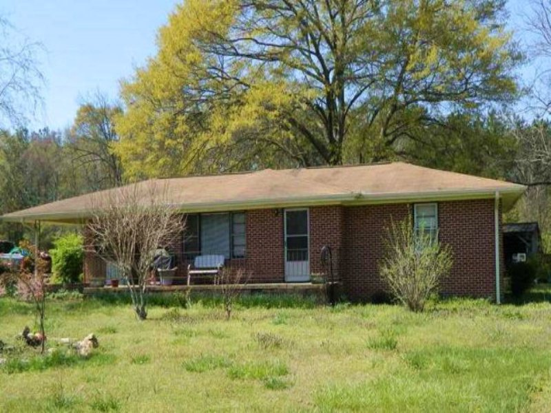 All Brick Ranch On 1.06 Acre Lot : Stephens : Oglethorpe County : Georgia