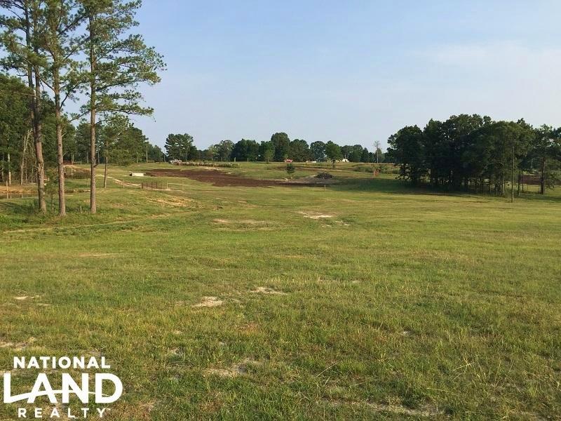 Homesite With Pond : Brooksville : Noxubee County : Mississippi