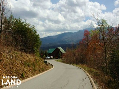 .98 Acre Mountain Cabin Homesite : Gatlinburg : Sevier County : Tennessee
