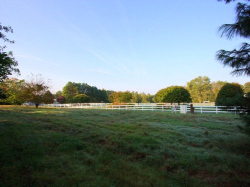 2-story Farm House On 3 Acres : Mechanicsville : Hanover County : Virginia