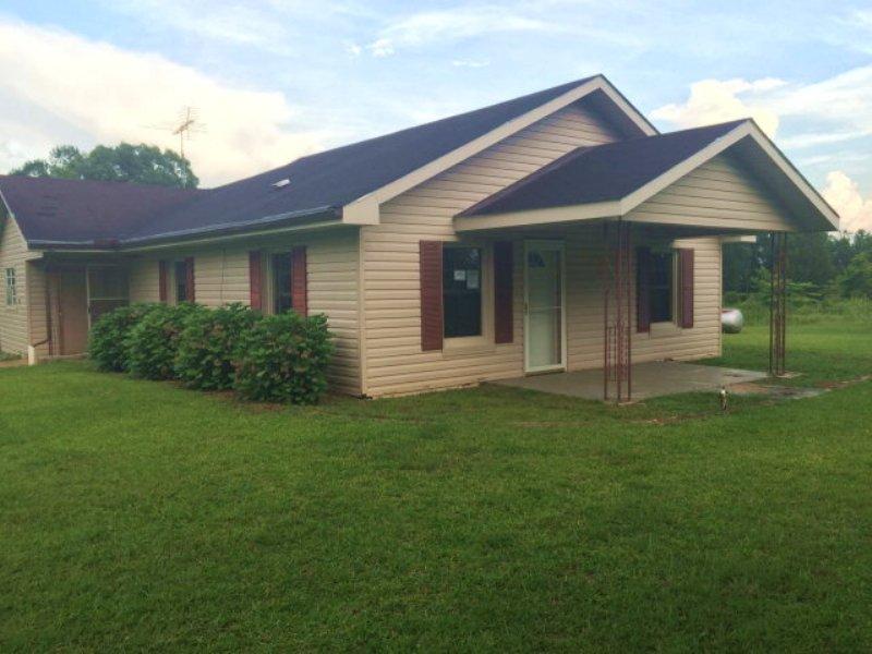 3 Bedroom Home On 3.9 Ac : Banks : Pike County : Alabama