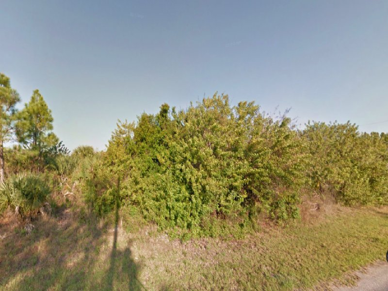 10,605 Sq.ft. Lot For Sale : North Port : Sarasota County : Florida