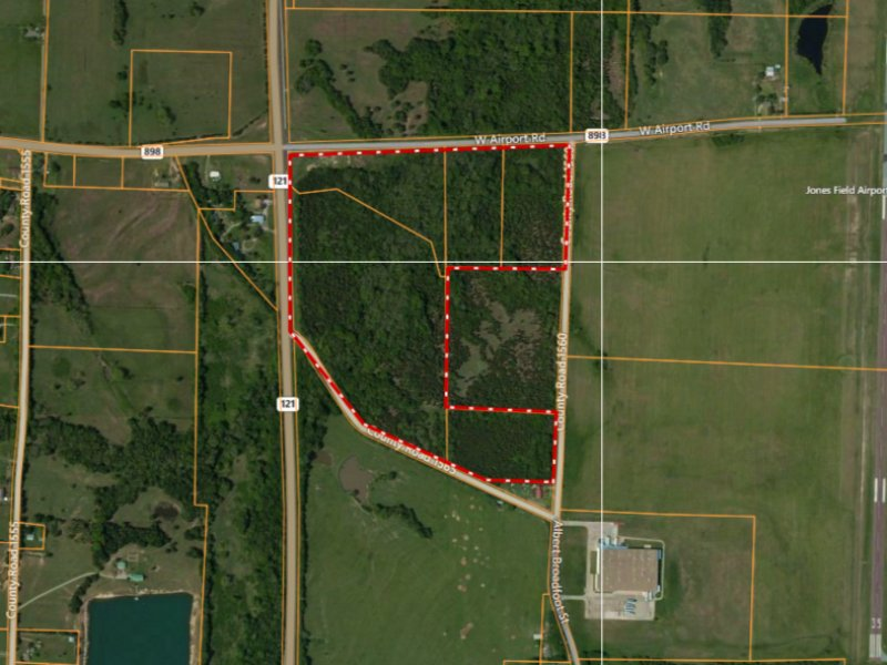 Development Opportunity By Airport : Bonham : Fannin County : Texas