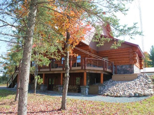 W8942 Carbis Rd, Mls# 1091000 : Randville : Dickinson County : Michigan