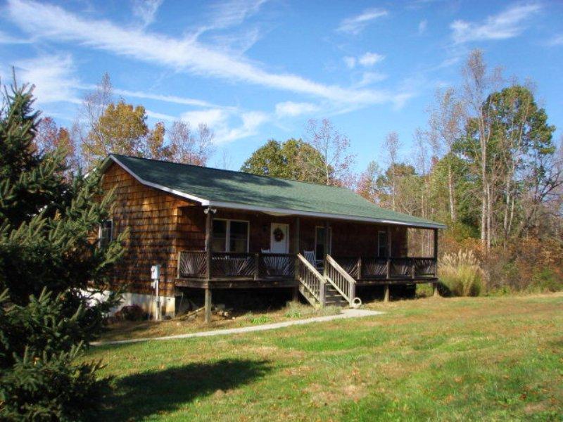 Green Pine Hideaway : Charlotte Court House : Charlotte County : Virginia