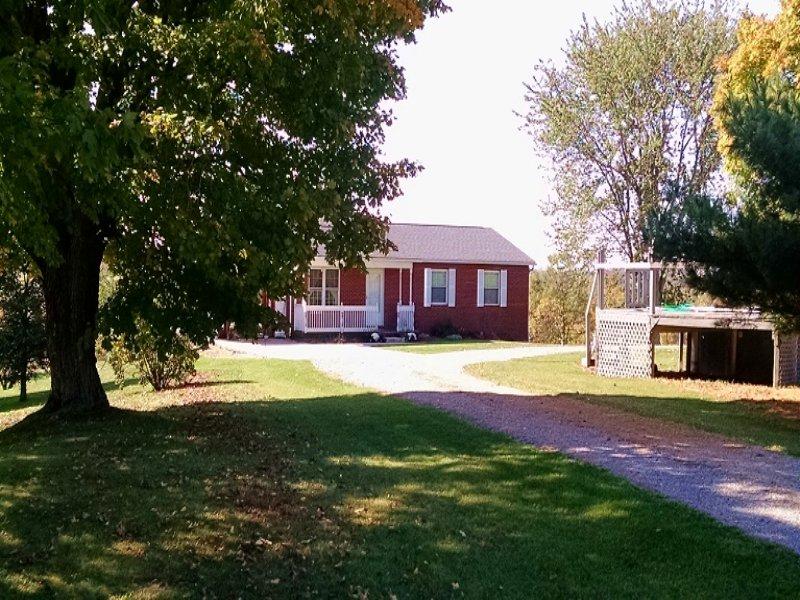 Locust Grove - 157 Acres : McArthur : Vinton County : Ohio