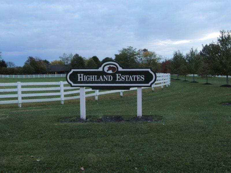 Highland Ct - 4.231 Acres : Pataskala : Licking County : Ohio
