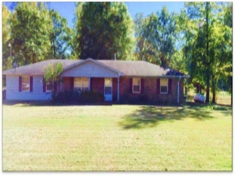 2.90 Acres Residential Land : Starkville : Oktibbeha County : Mississippi