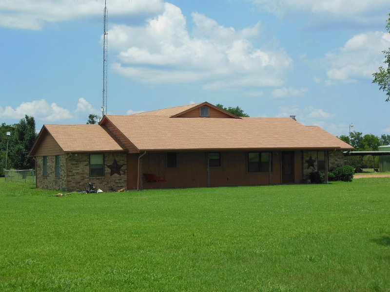 6+/- Acres With House (#29547) : Sumner : Lamar County : Texas