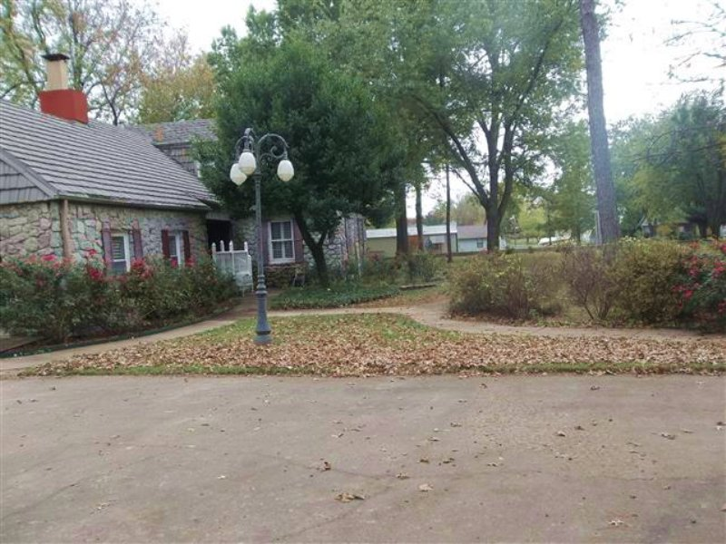 5 Bedroom Home On 5 M/l Acres : Tahlequah : Cherokee County : Oklahoma