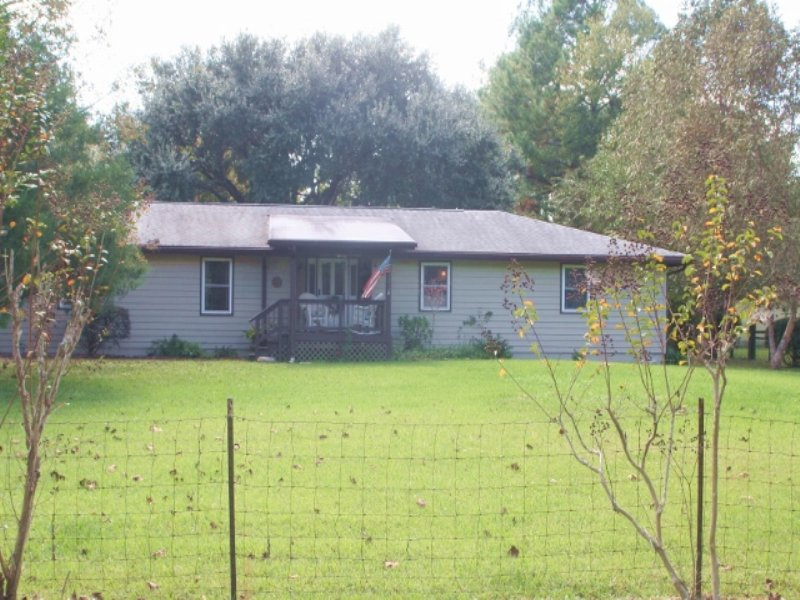 House With Horse Barn : Callahan : Nassau County : Florida